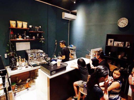 AT KOLONI COFFEE BAR